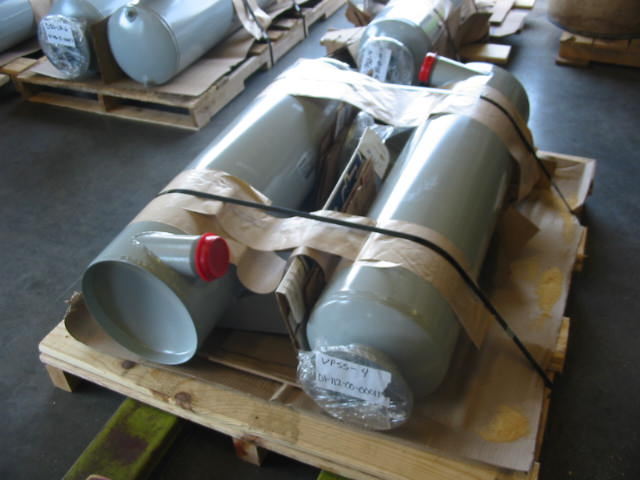 discharge separator silencers